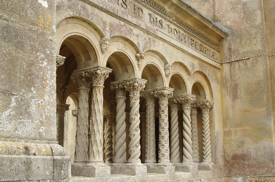 Church of St. Mary and St. Nicholas: Columns of the cloisters