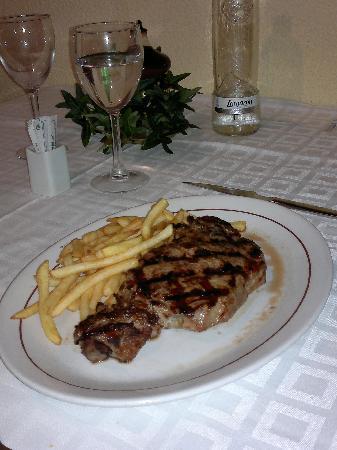 Portofino : Nice Sirloin Steak...