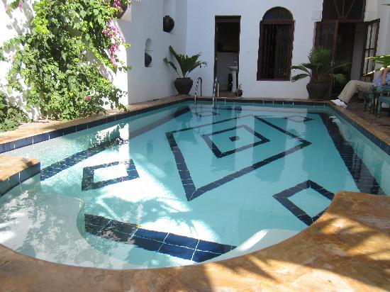 Kholle House: The pool