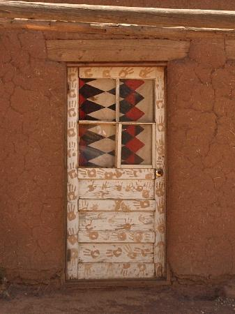 Taos Pueblo: doorway