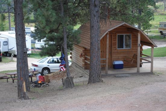 Horse Thief Campground : Cabin B