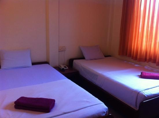 Sun Sengky Guest House: room in sunsengky GH