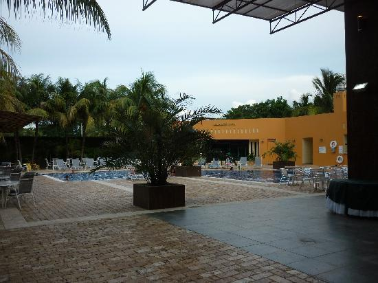 Holiday Inn Managua - Convention Center: Holiday Inn Piscina