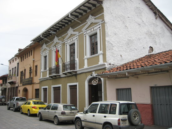 Hostal Macondo: The front