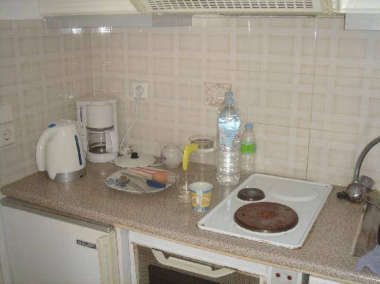 Villa Vasilis: кухня