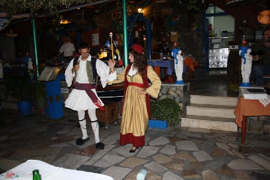 Villa Vasilis: греческий вечер
