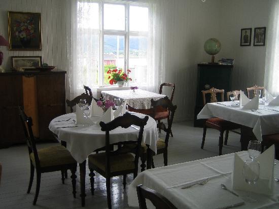 Skagakaia: The Old Post House Restaurant