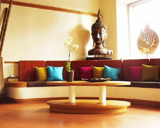 Silathai Thai Massage Center : the reception area