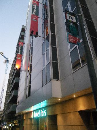 Ibis Lisboa Saldanha: Hotel Facade