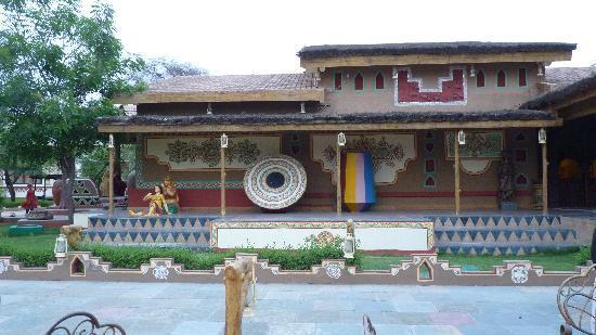 Chokhi Dhani Resort: Resort