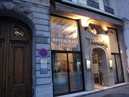 Restaurant Place Marechal Lyautey