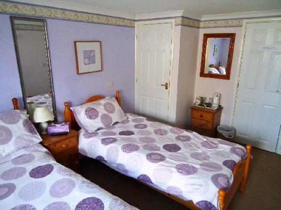 St. Edmundsbury Bed and Breakfast: Bedroom