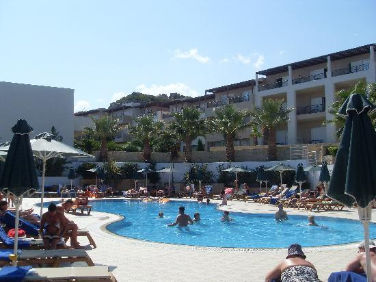 Grand Hotel Holiday Resort: Adult Pool