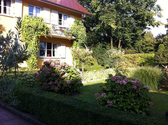 Hotel Restaurant VILLINO: Garden