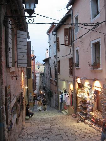 Old town-Rovinj-Grizia street