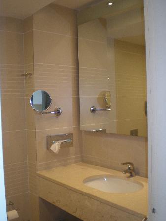 Caravia Beach Hotel: bagno