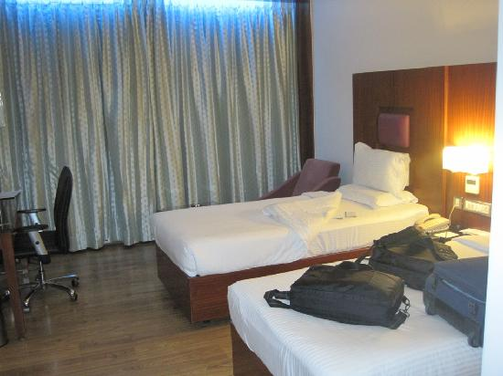 Citrine Hotel: comfortable beds, Wooden Flooring