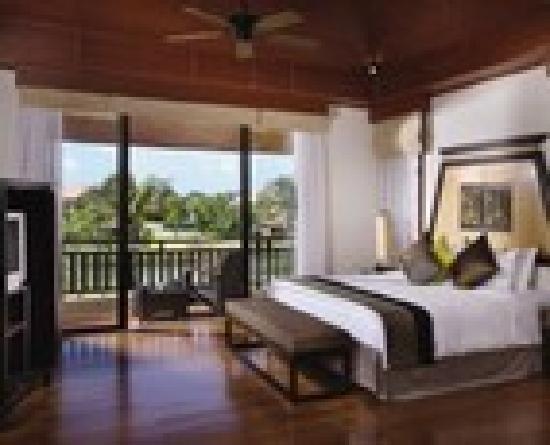 Angsana Villas Resort Phuket: 4Bedroom Master Bedroom