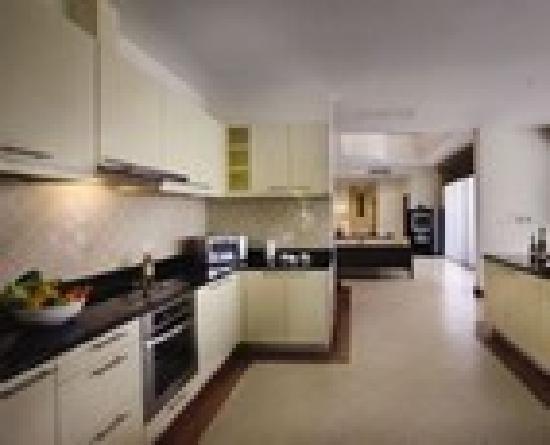 Angsana Villas Resort Phuket: 4Bedroom Kitchen