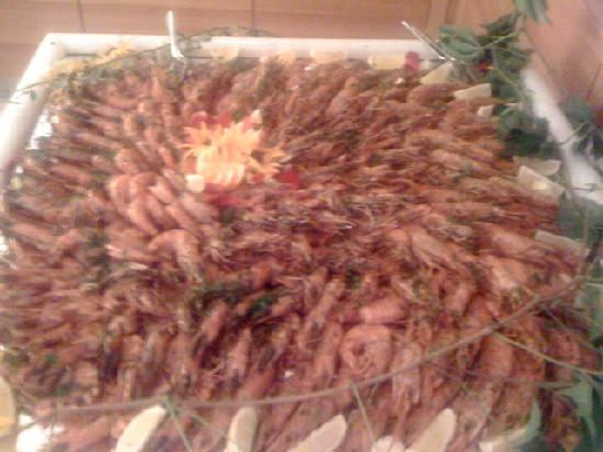 Garden Park Hotel: Seafood selection at Gala Dinner