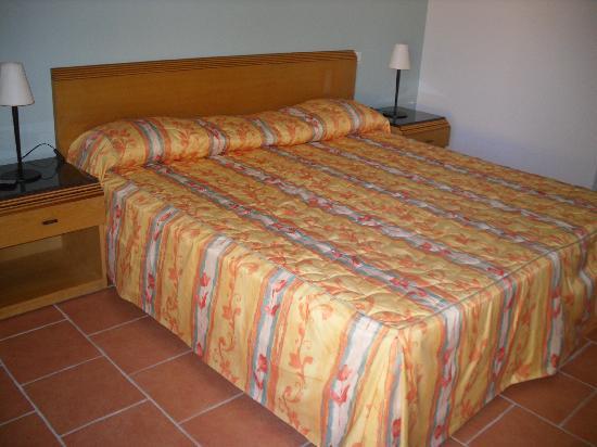 Court'Inn Suites : Chambre