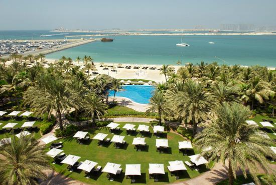 Le Meridien Mina Seyahi Beach Resort and Marina: Private Beach