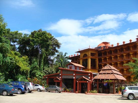Hotel San Bada: Comfortable and secure parking