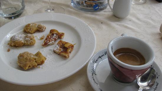 Da Faccini : dolcetti e caffè