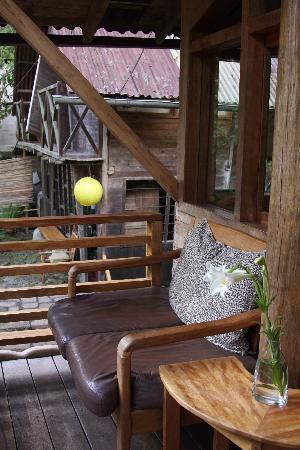 Rupa Wasi  Lodge : Balcon, chambre de luxe