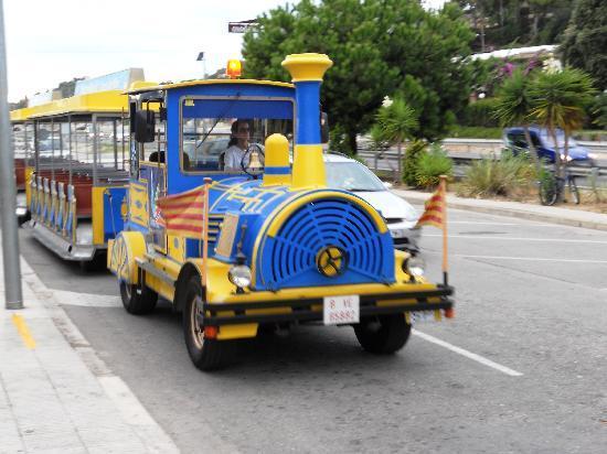 Santa Susanna Resort: The cute little train