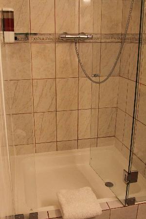 Hotel Arqueologo Exclusive Selection: salle de bain, très propre