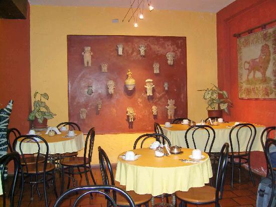 Hostal El Patio: Salle de petit déjeuner