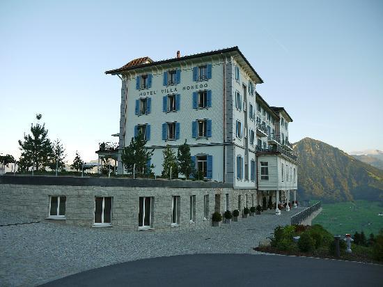 Hotel Villa Honegg : Villa Honegg von der Rückseite