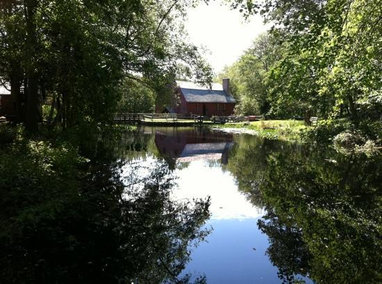 Gilbert Stuart Museum: view from the boat dock