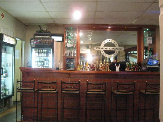 African Train Lodge: Bar