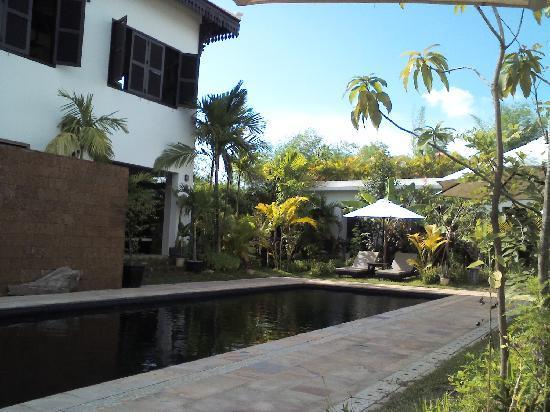 โรงแรมบันวิน บูติก: Bunwin pool