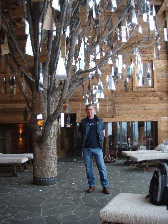 Art & Ski-In Hotel Hinterhag Saalbach : Reception Tree Sulpture