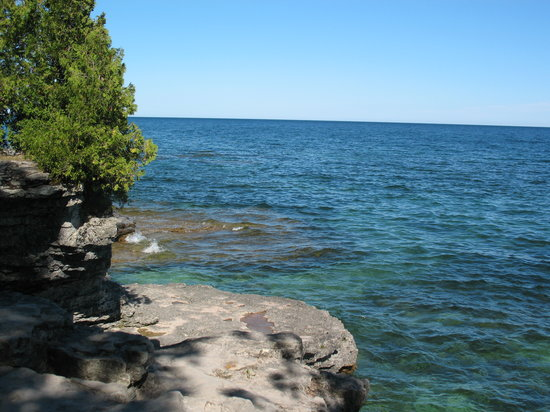 Sturgeon Bay, WI: Cave Point County Park