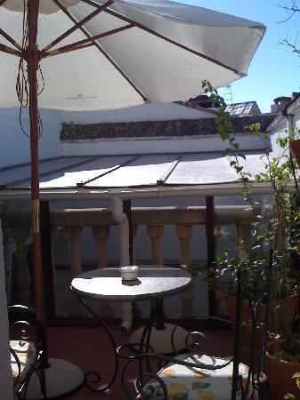 Lola Hotel : The terrace in room 'Lola'