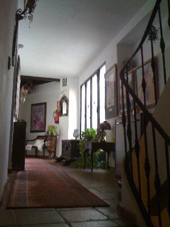 Lola Hotel : Characterful splendour of the 1st floor landing