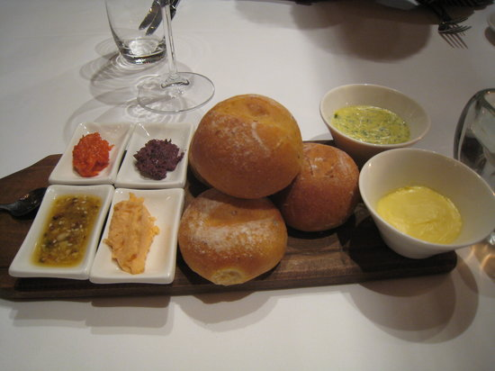 Signal Restaurant Waterfront: bread with a selection of four tapenades (Kalamata olive, parsley with chili (not very spicy), c