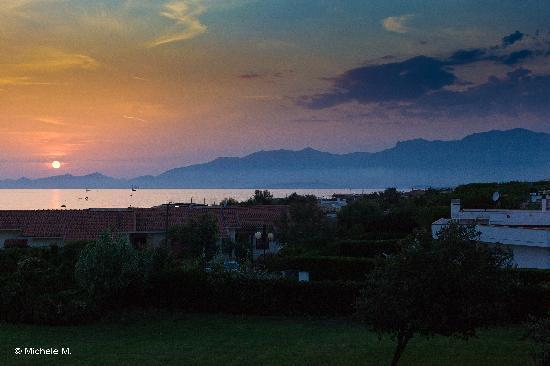 Hotel Della Baia: Un tramonto dal balcone della camera