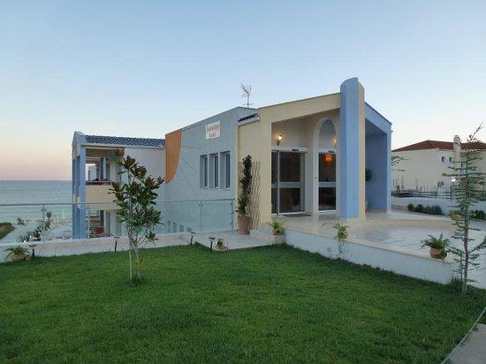 Limenaria, Griechenland: Sunray entrance