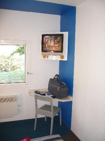 hotelF1 Carcassonne : habitación