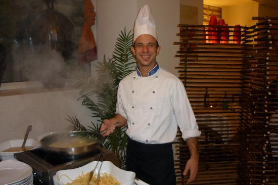 Hotel Excelsior le Terrazze: Your friendly chef!!!