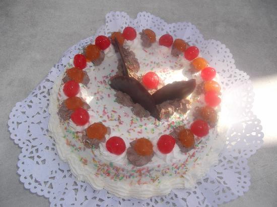 Blau Varadero Hotel: Evies Birthday cake