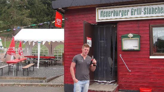 Neuerburger Grillstübchen: We had a great meal.