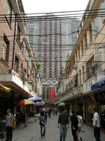 华林寺玉器一条街