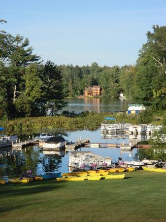 Lakewoods Resort: marina