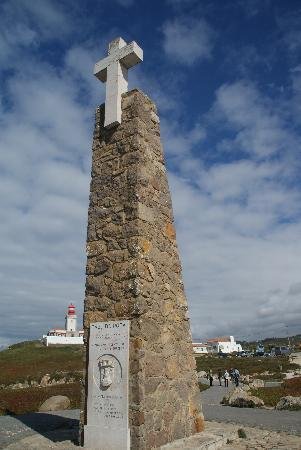 Colares, Portugal: The cross at Cabo da Roca